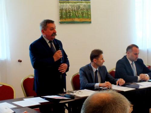 Konwent Powiatów Województwa Łódzkiego wysyła list do premiera w sprawie sytuacji w ochronie zdrowia