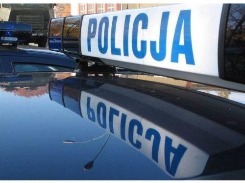 Pijany 25-latek na ul. Batorego w Rawie uszkodził dwa samochody. Jest już w rękach policji