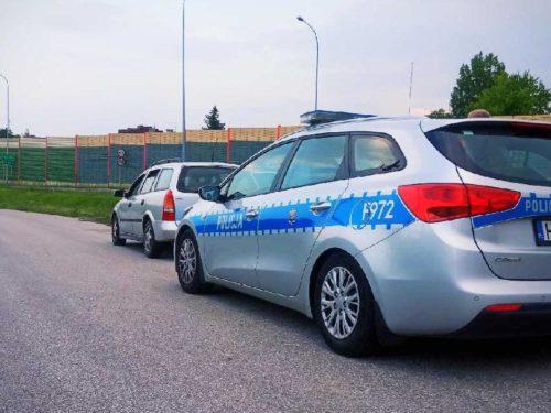 Pijani rodzice wieźli autem swoje 4-letnie dziecko. Policja zatrzymała ich w miejscowości Ścieki