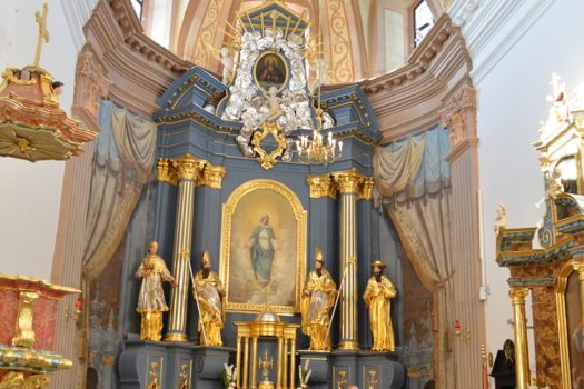 Zmiany w rawskich kościołach: 5 osób na mszy św. Co z Wielkanocą i Pierwszą Komunią Św.?