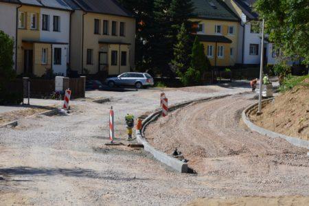 Będzie więcej miejsc parkingowych na ul. Sobieskiego. Prace potrwają do października