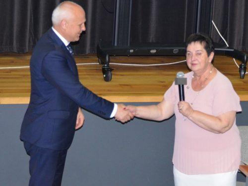 Piotr Irla, burmistrz Rawy Mazowieckiej jednogłośnie otrzymał wotum zaufania i absolutorium