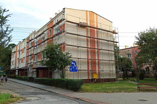 Remonty elewacji w blokach przy ul. Niepodległości