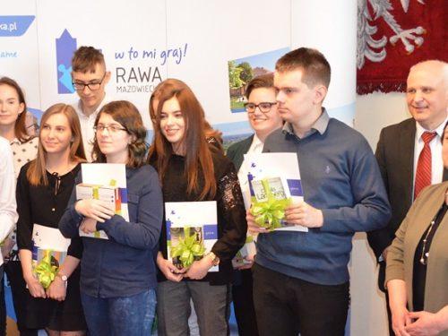 Podsumowano IX edycję konkursu Wiedzy o Samorządzie Terytorialnym (galeria)
