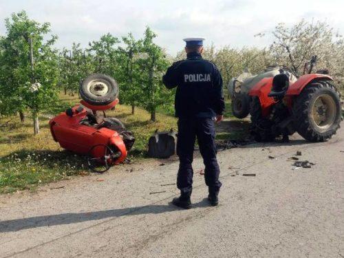 Wypadek w Nowym Kłopoczynie. Kierujący ciągnikiem nie żyje