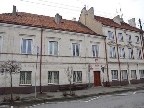 Cały budynek przy Pl. Piłsudskiego 4 będzie urzędem miasta