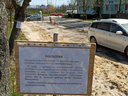 Trwa przebudowa ulicy Jana III Sobieskiego w Rawie. Utrudnienia potrwają do lata