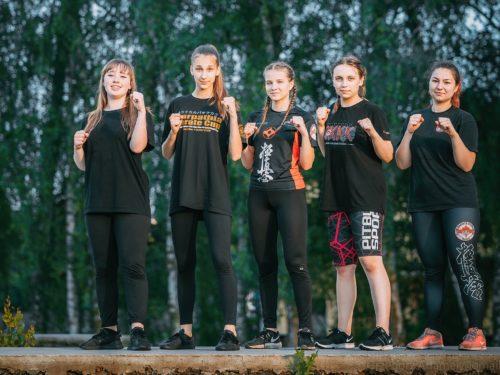 Wyjątkowy trening rawskich karateków i wyjazd na letni obóz
