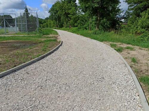 Budowa ścieżki rowerowej w Rawie potrwa do października