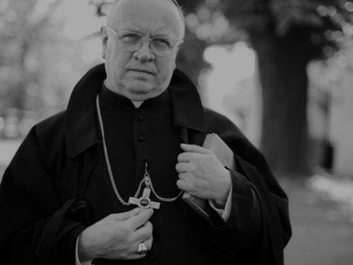 Pogrzeb śp. bp. Józefa Zawitkowskiego w Żdżarach