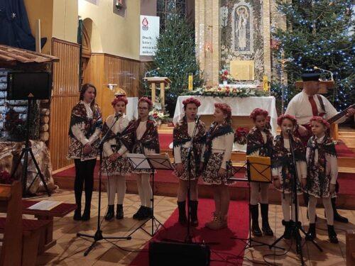 XIV Powiatowy Koncert Kolęd i Pastorałek (zdjęcia)