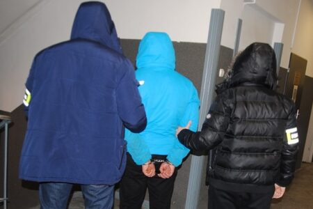Z rawskiego marketu ukradli produkty za 2,5 tys. zł. Rodzinka wpadła w ręce policji