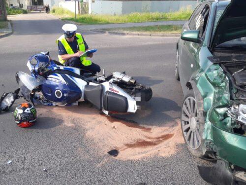 Wypadek na ul. Targowej w Rawie i nieodpowiedzialny motocyklista w Starej Wsi