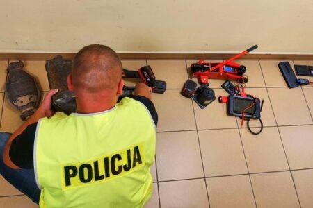 Ukradziono katalizator z twojego samochodu? Rawska policja zatrzymała złodziei