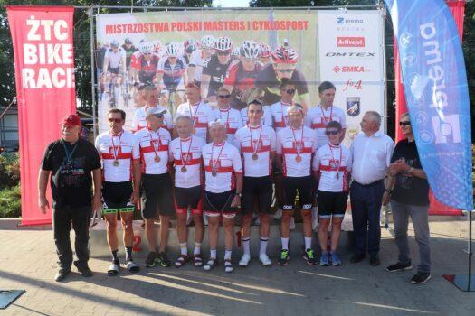 600 kolarzy uczestniczyło w Mistrzostwach Polski Masters i Cyklosport nad Zalewem Tatar