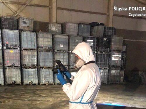872 tony niebezpiecznych dla zdrowia i życia odpadów chemicznym odkryto w Babsku koło Rawy Mazowieckiej